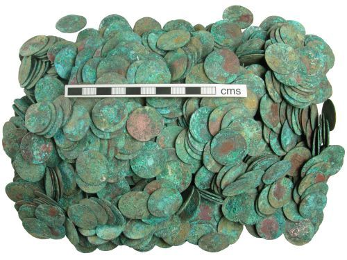 HAMP-E4E185: Post-medieval coin hoard: 30 deniers of Louis XIV (selection)