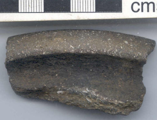 NARC-9EB085: Late Iron Age or Roman vessel rim sherd (front)