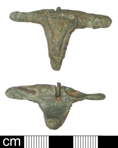 SOM-51B6A1: Roman initial T-shaped brooch