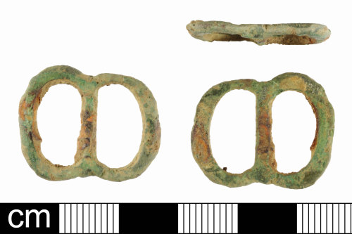 SOM-6E8F72: Post Medieval double loop buckle