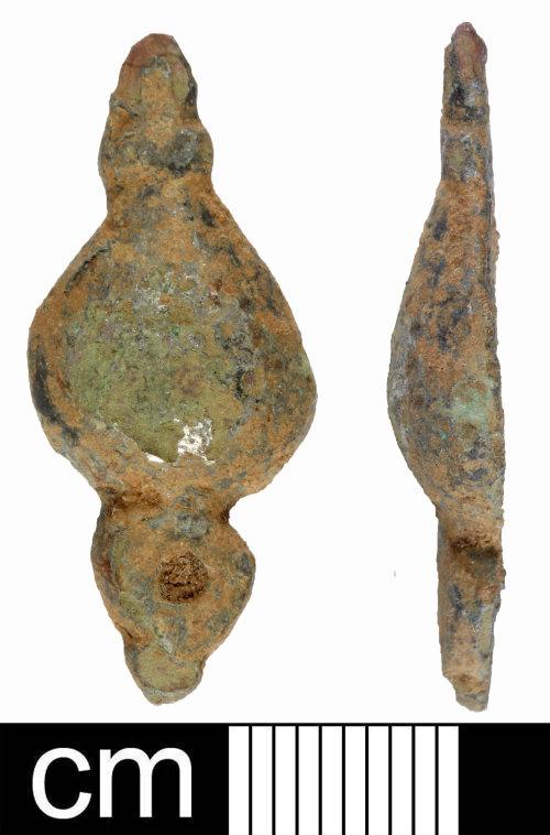 SOM-E9BD80: Post Medieval copper alloy mount