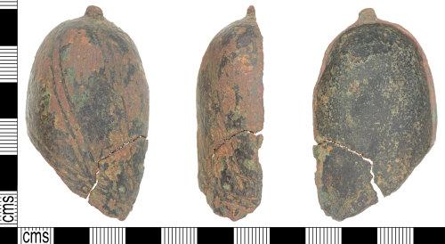 KENT-4BB936: Post Medieval copper alloy saddle pommel