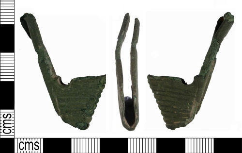 SUSS-BC0468: Medieval scabbard chape