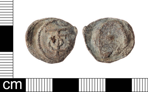 LON-46B22A: Clothworker's personal lead alloy seal dating from the 16th to 18th century.