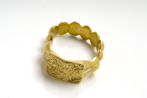 A resized image of Medieval: Iconographic finger ring