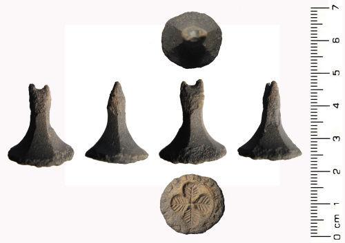 WAW-DCEA97: Medieval: Pedestal seal matrix