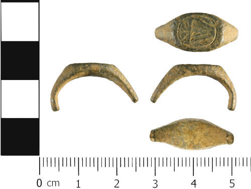 WMID-FD5D7B: Medieval to Post Medieval: Incomplete signet finger ring