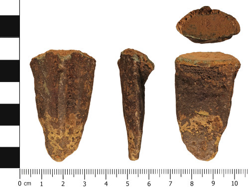 WMID-8C9E98: Medieval to Post medieval: Incomplete vessel foot / leg