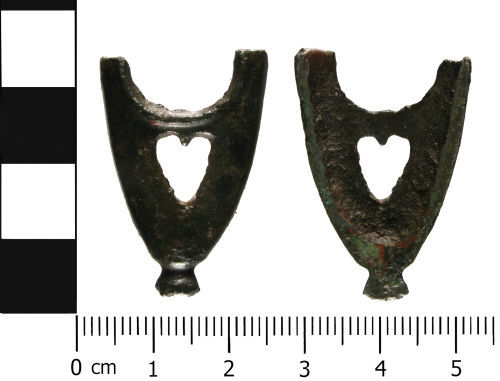 WMID-1C2478: WMID-1C2478: Medieval scabbard chape