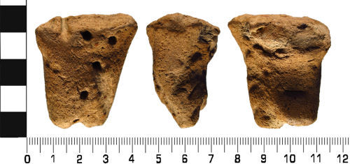 WMID-362226: Medieval: Ceramic vessel handle fragment