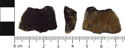 WMID-384888: Late Iron Age to Early Roman: Malvernian ceramic vessel fragment
