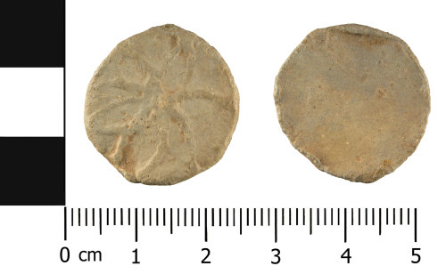 A resized image of medieval to post-medieval lead alloy token (front and reverse)s