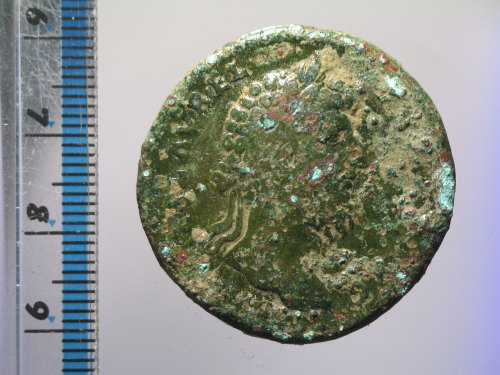 A resized image of Roman coin : sestertius of Lucius Verus (obverse)