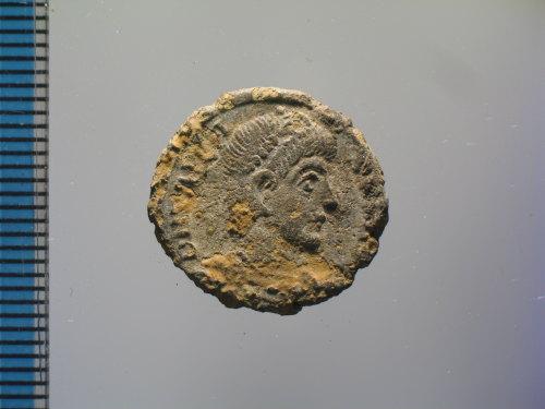 BM-E1BE02: Roman coin : nummus of Valens, SECVRITAS REI PVBLICAE (obverse)