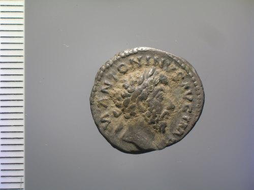 BM-A844F2: Roman coin: denarius of Marcus Aurelius (obv.)