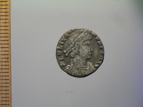 BM-324BF8: Roman coin : siliqua of Julian (obverse)