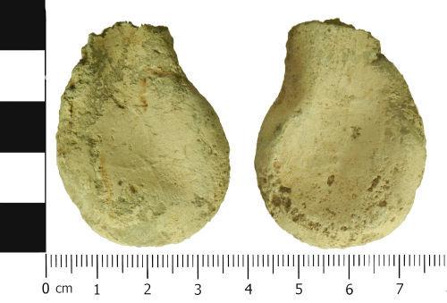 LVPL-DE22B6: Medieval ampulla
