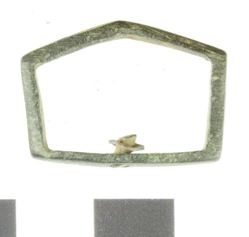 WILT-F2D29F: Medieval Strap slide