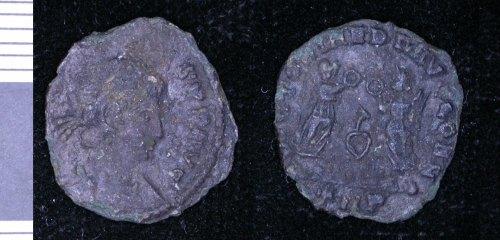 LEIC-6C5EC4: Roman copper alloy nummus of Constans
