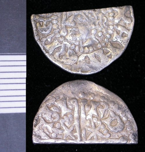LEIC-79F365: 79F365 scottish medieval silver halfpenny