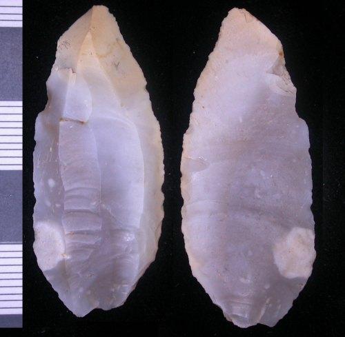 LEIC-98A8C5: Mesolithic flint blade