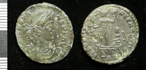 LEIC-C71E27: Roman copper alloy nummus of Constans