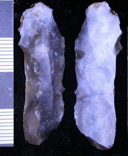 LEIC-F27E74: F27E74 mesolithic flint blade