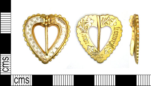 LEIC-070179: Medieval gold brooch