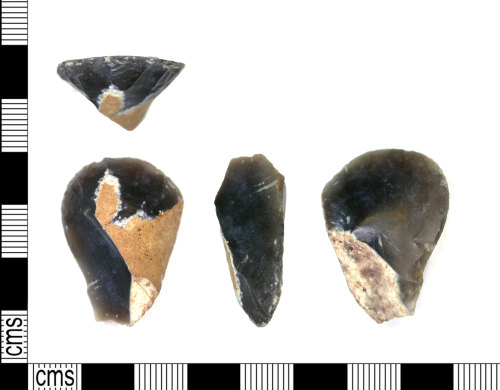 LEIC-B359DE: Mesolithic or early Neolithic  end  scraper